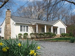 Middleburg Va The Location Of This Simple Ranch House Was Perfect For Owners Adding A New Master Bedroom Suite And Covered Porch To Rear